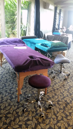 Just Tables at Reiki Conference 2016-215-953