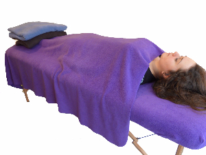 Massage Table with Blanket-3